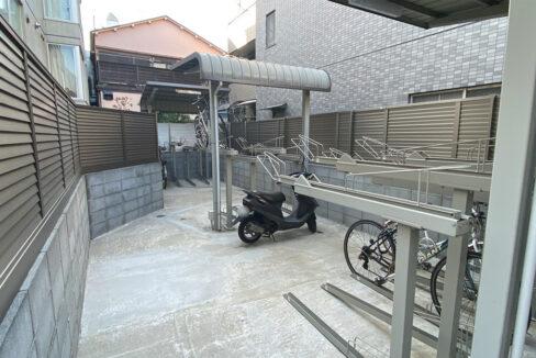 アレーロ大岡山の駐輪場