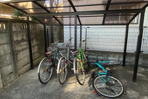 lumiere-senzoku-bicycle-parking