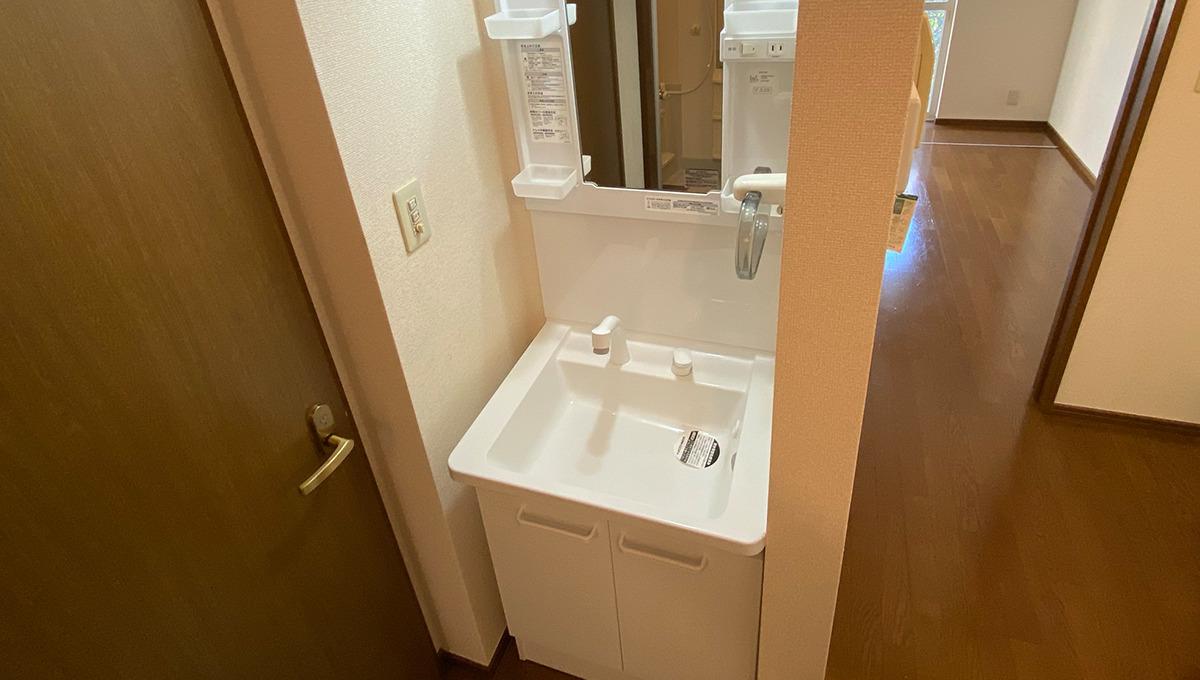 lumiere-senzoku-powder-room
