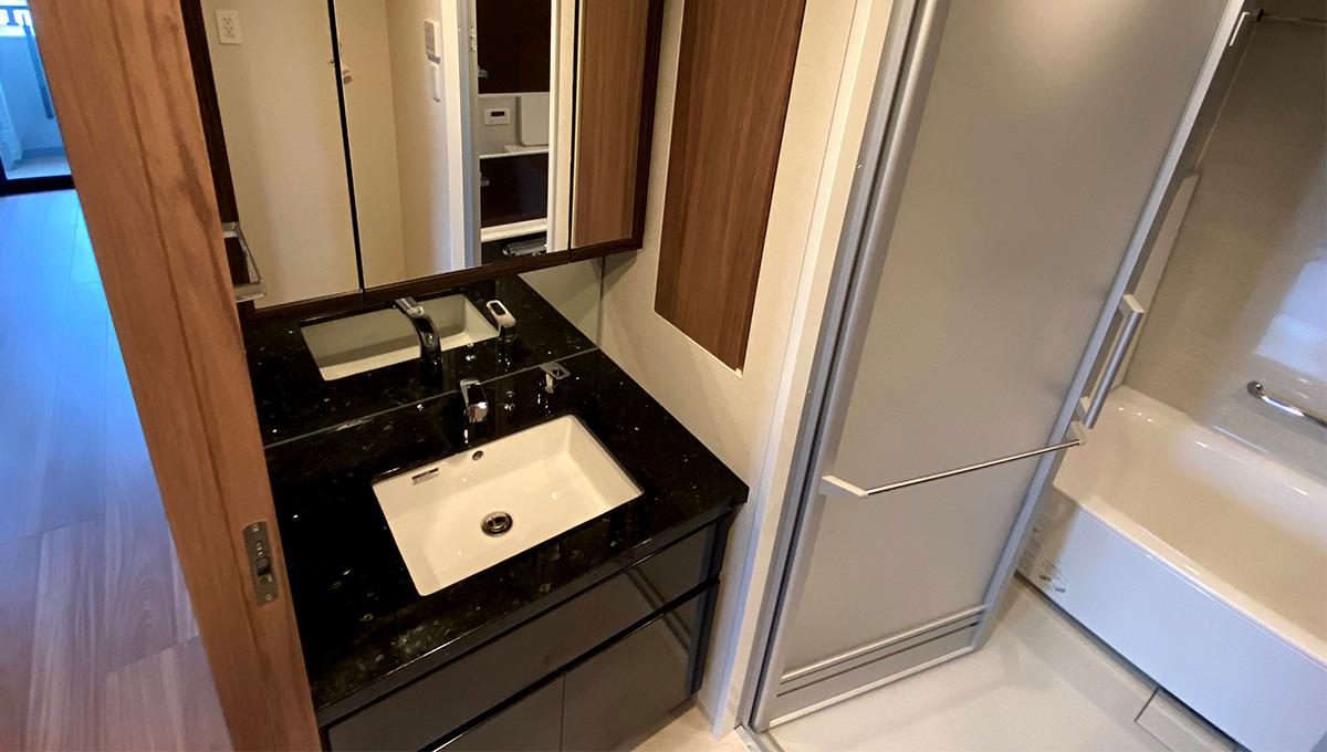Opus residence Meguro Senzoku(オーパスレジデンスメグロセンゾク)の独立洗面化粧台