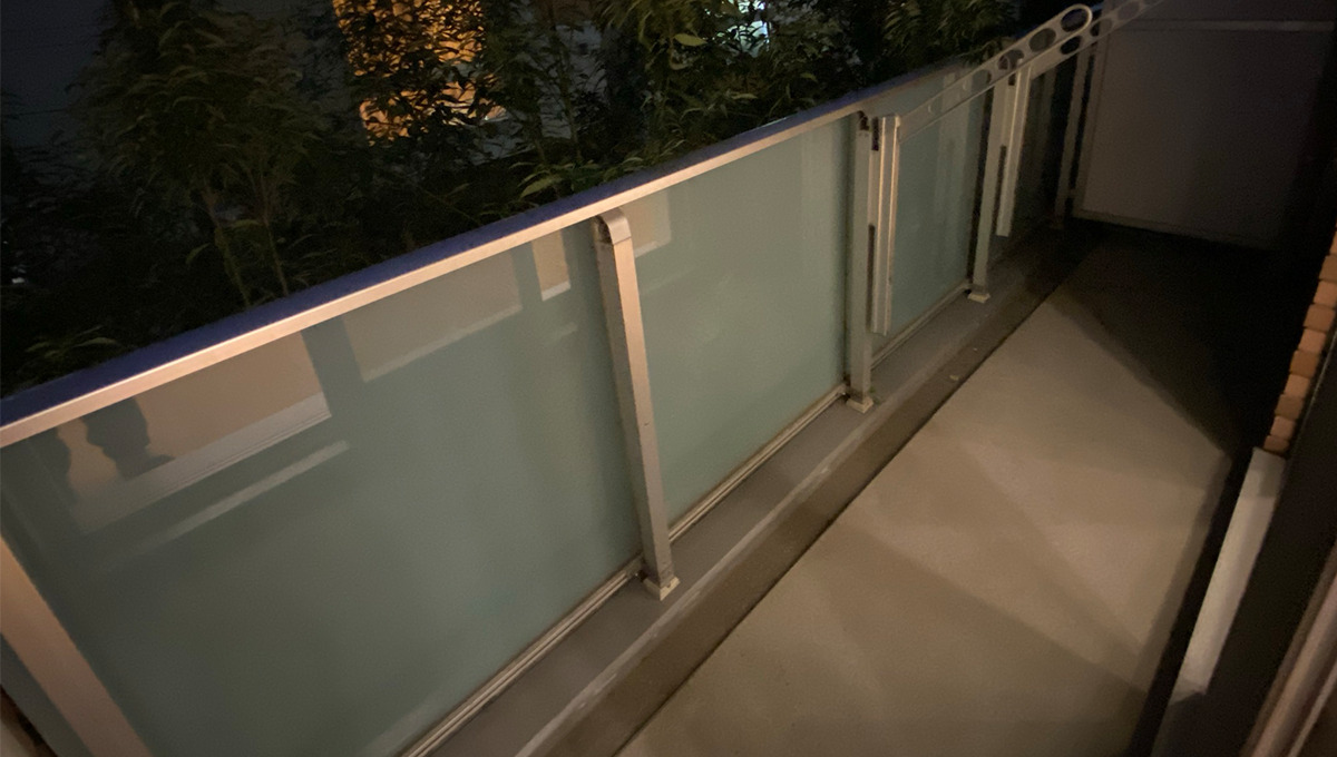 stella-court-senzoku-balcony