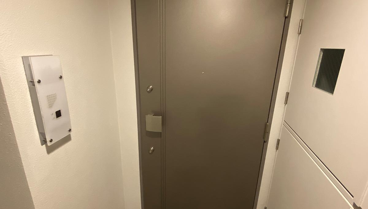 ステラコート洗足(センゾク)の玄関