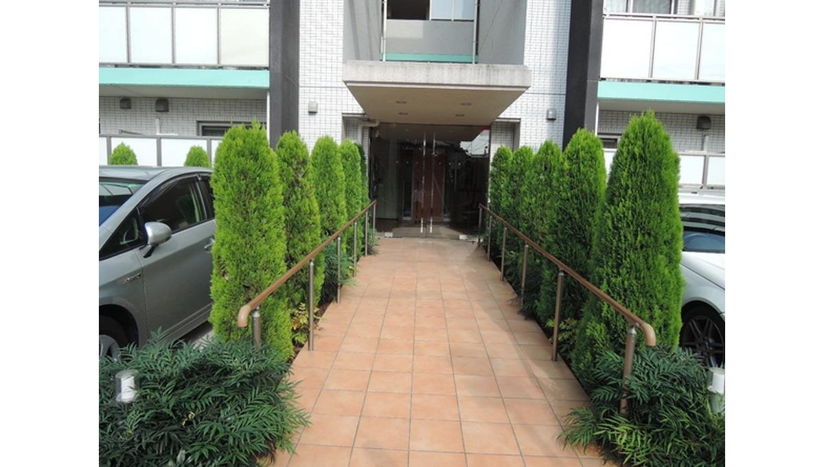 alloggio-k-entrance-aproach