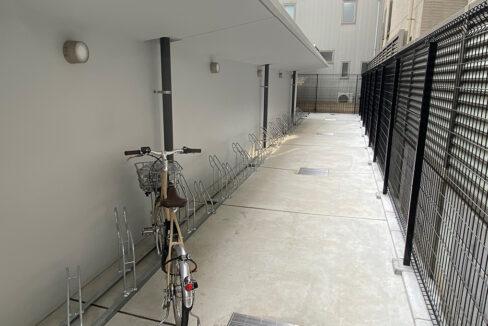 バウスフラッツ品川大井町(シナガワオオイマチ)の屋根付自転車置場