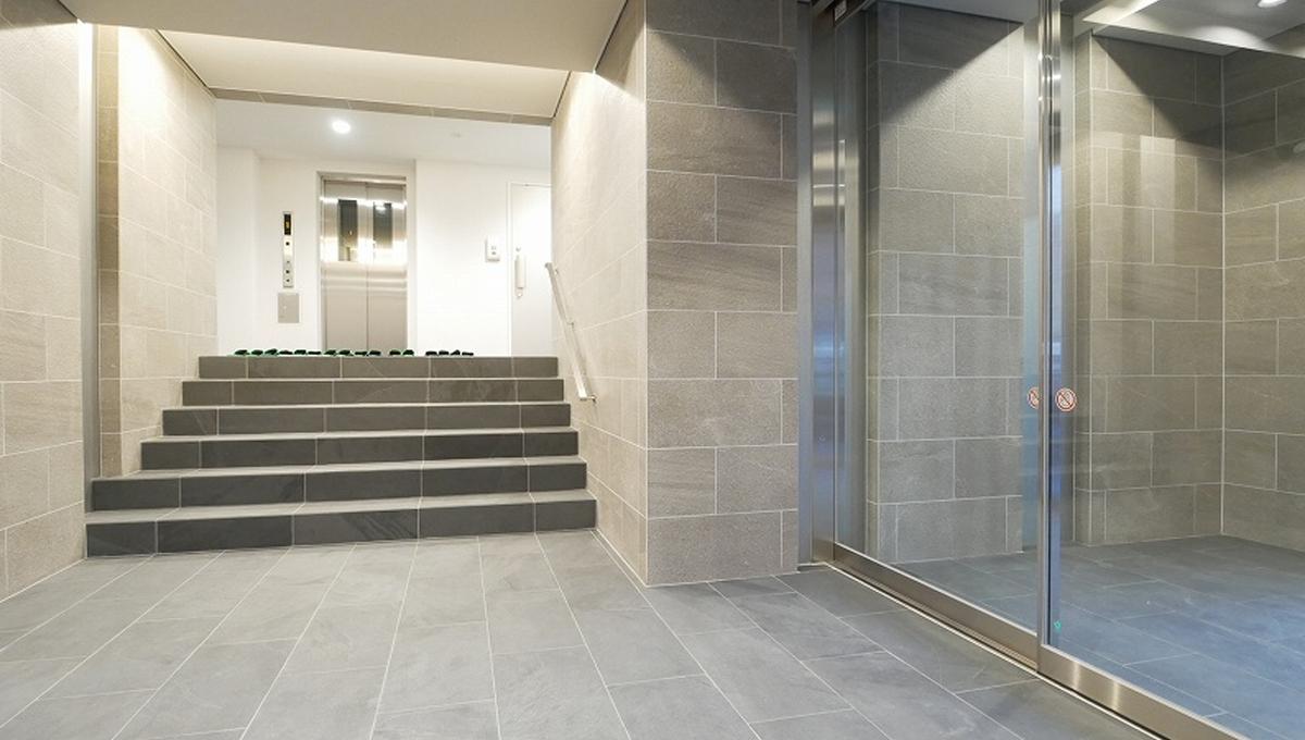 courtyard-senzoku-elevator