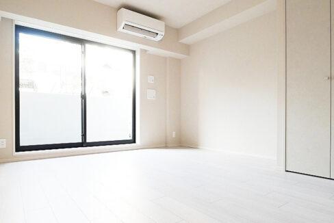 courtyard-senzoku-living-room