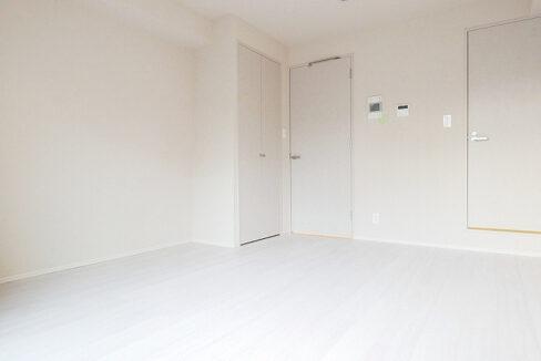 courtyard-senzoku-living-room2.jpg