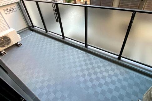 dimus-ooimachi-balcony