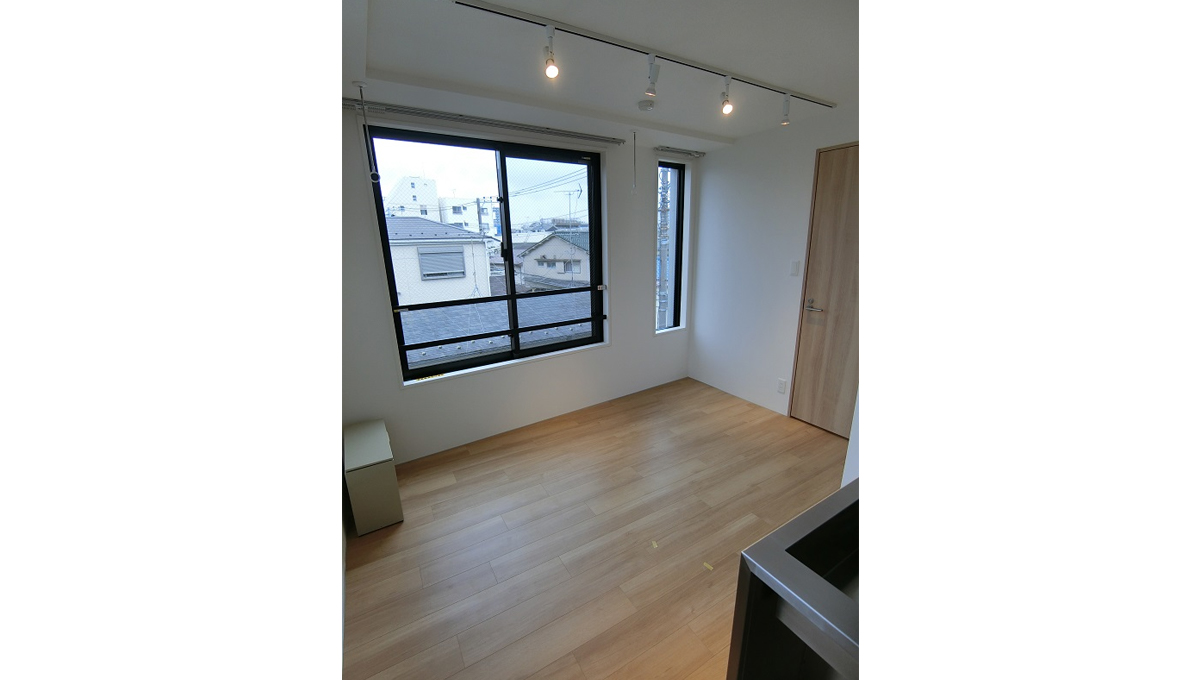 exam-nishikoyama-living-room