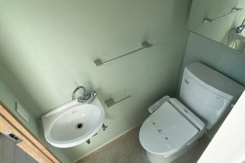 ガレージスペック武蔵小山(ムサシコヤマ)のウォシュレット付トイレ