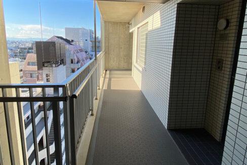 grande-maison-musashikoyama-corridor