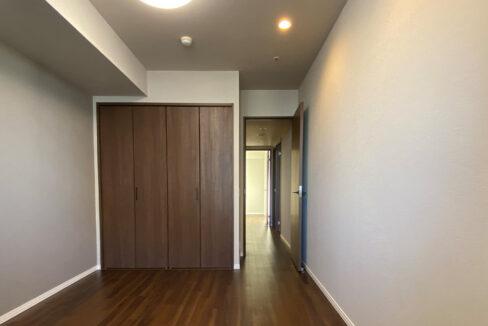 grande-maison-musashikoyama-master-bedroom1