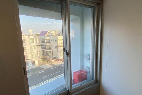 GRAVASENZOKU(グラヴァセンゾク)の窓