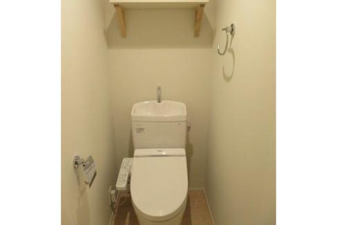 旗の台アパートメントのウォシュレット付きトイレ