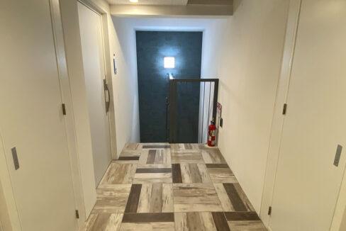 legaland-oimachi-inner-corridor