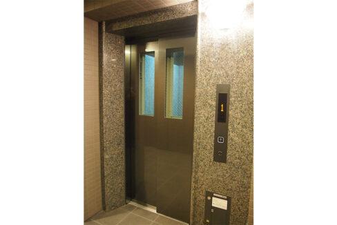 ルーブル旗の台弐番館(ハタノダイ)のエレベーター