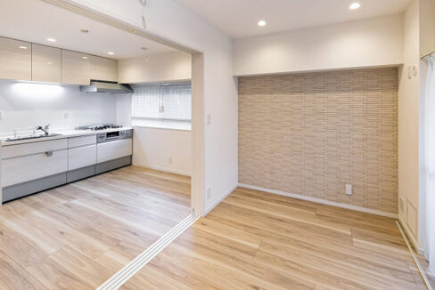 ooimachi-heights-living-dining-kitchen