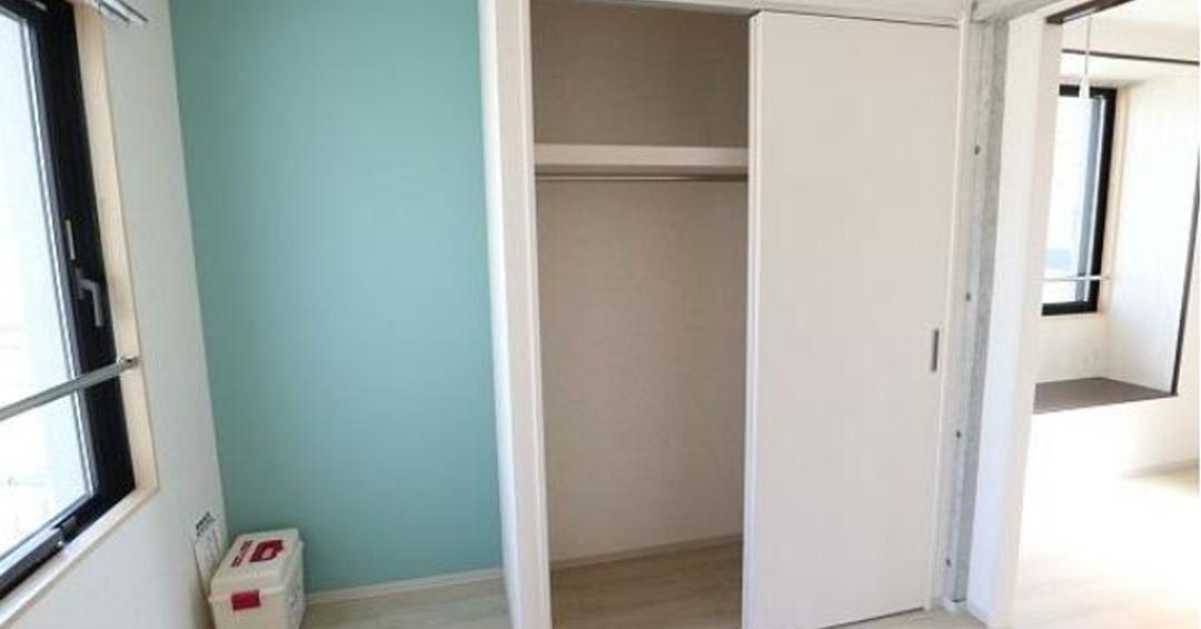 pino-higasinakanobu-closet