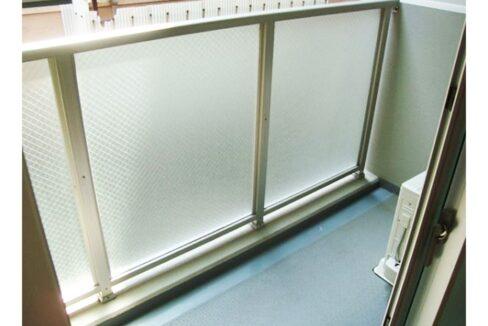 premium-cube-oookayama-balcony