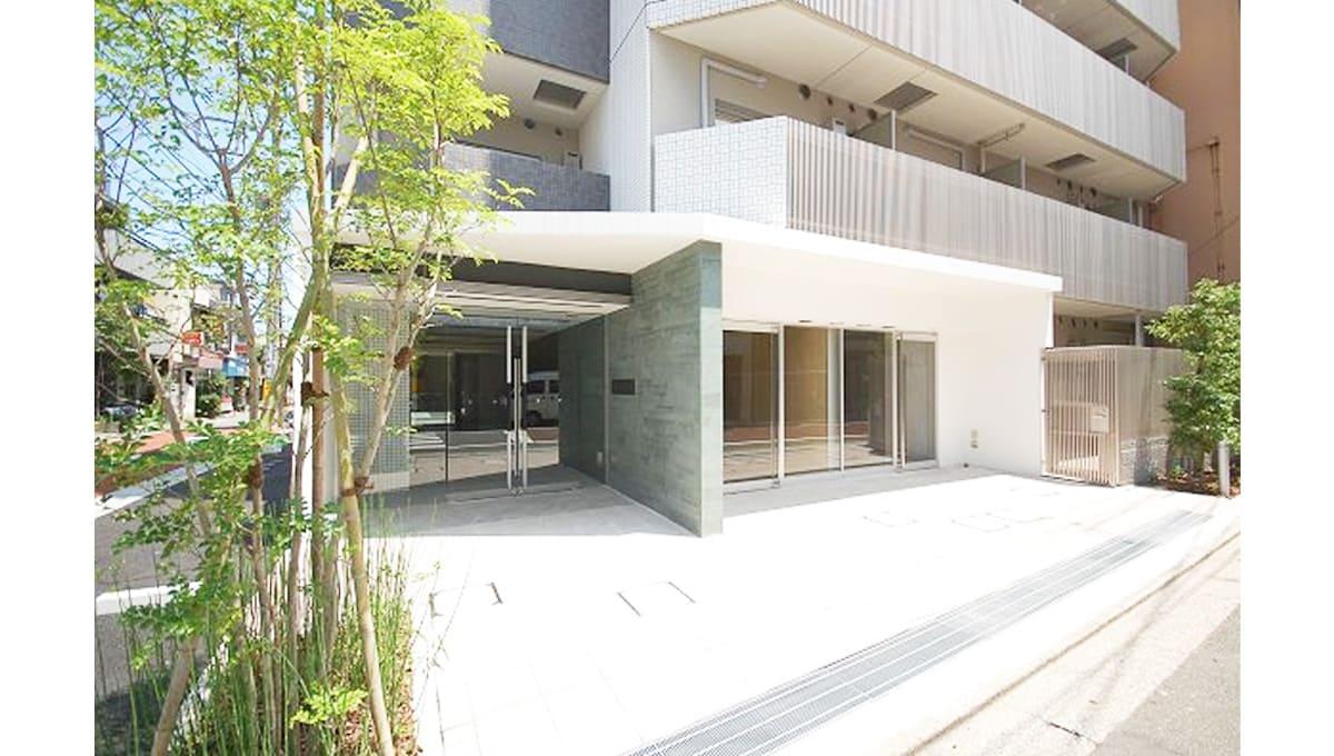premium-cube-oookayama-entrance