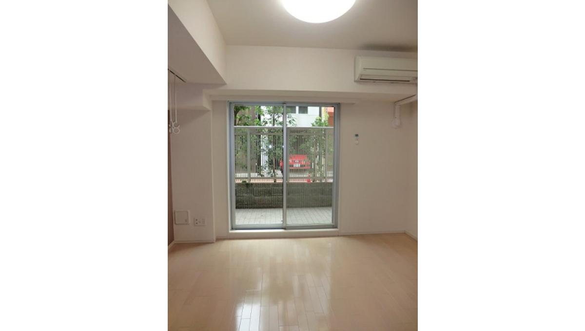 premium-cube-oookayama-living-room1