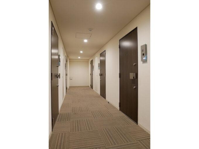 プレミアムキューブ品川戸越(シナガワトゴシ)の内廊下
