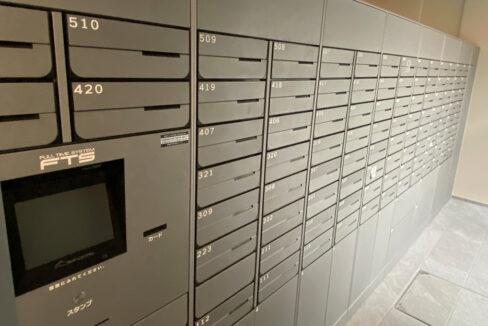 プラウドフラット戸越公園(トゴシコウエン)の宅配ボックスとメールボックス
