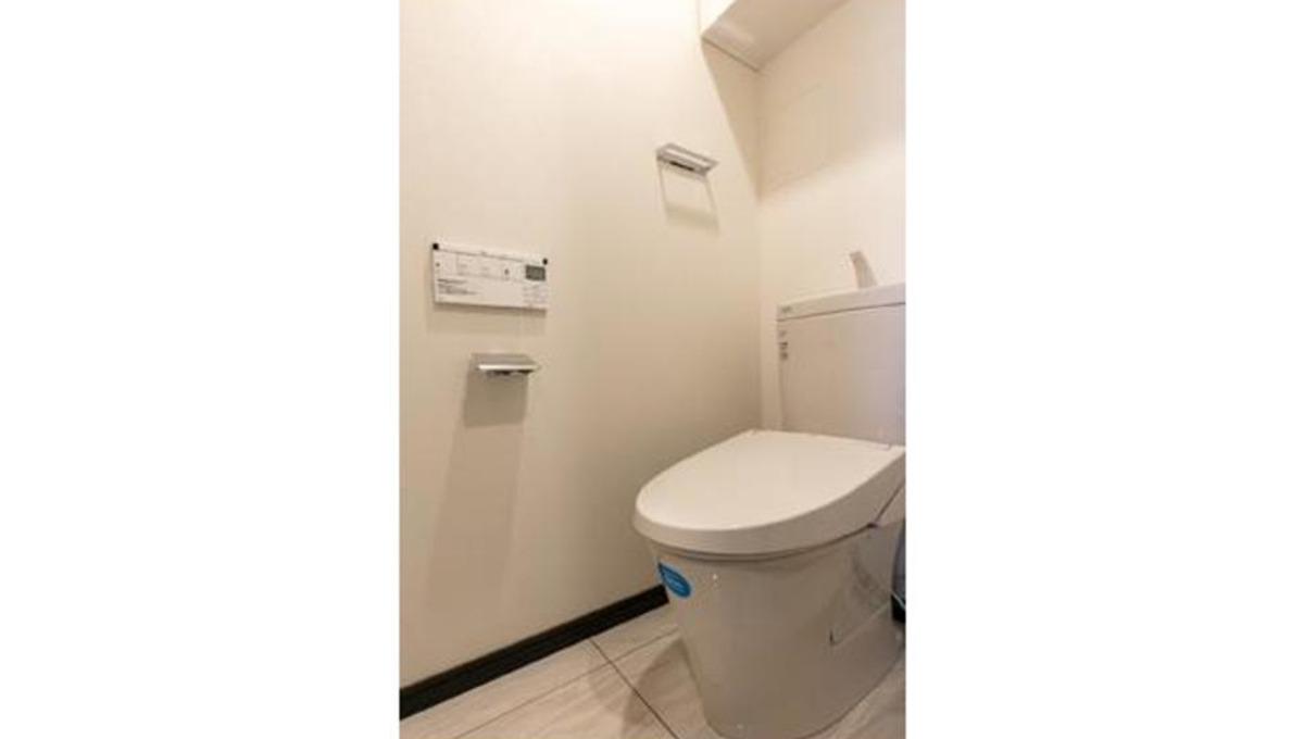queen-palace-shinagawa-ohi-toilet