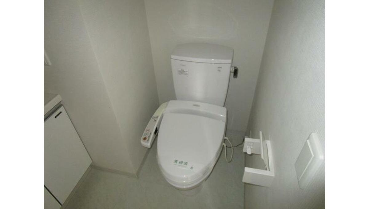 レグラス大岡山(オオオカヤマ)のウォシュレット付トイレ