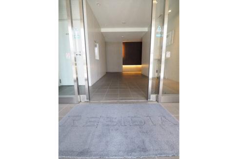 residia-nakanobu-entrance-aproach1