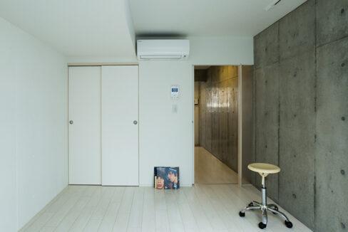spec-residence-kamiikedai-living-room2