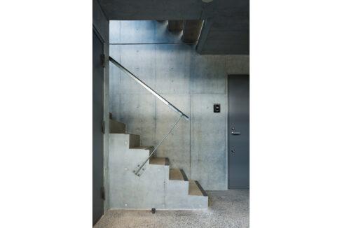 spec-residence-kamiikedai-stairs