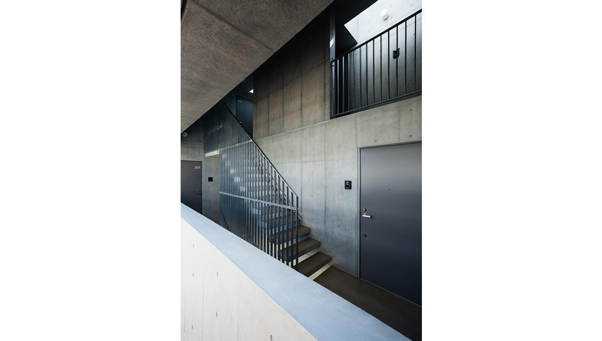 spec-residence-kamiikedai-stairs2
