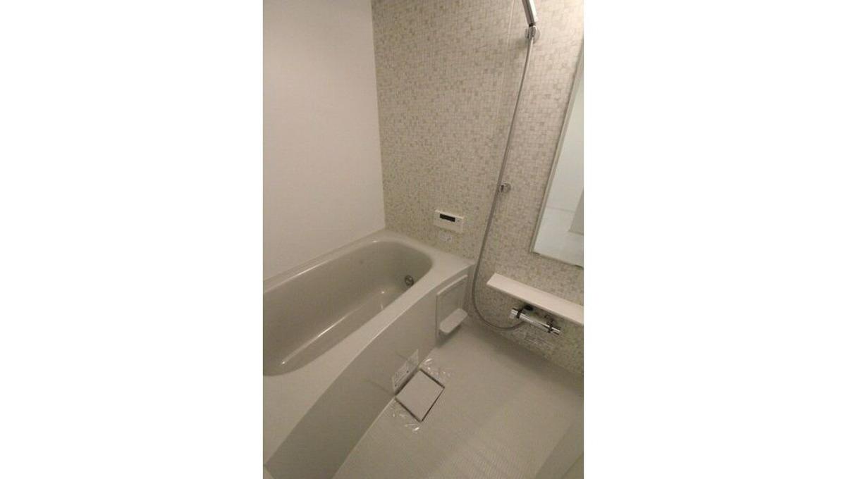 well-square-ism-musashikoyama-bathroom