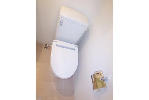 ブライズ上池台(カミイケダイ)のウォシュレット付トイレ