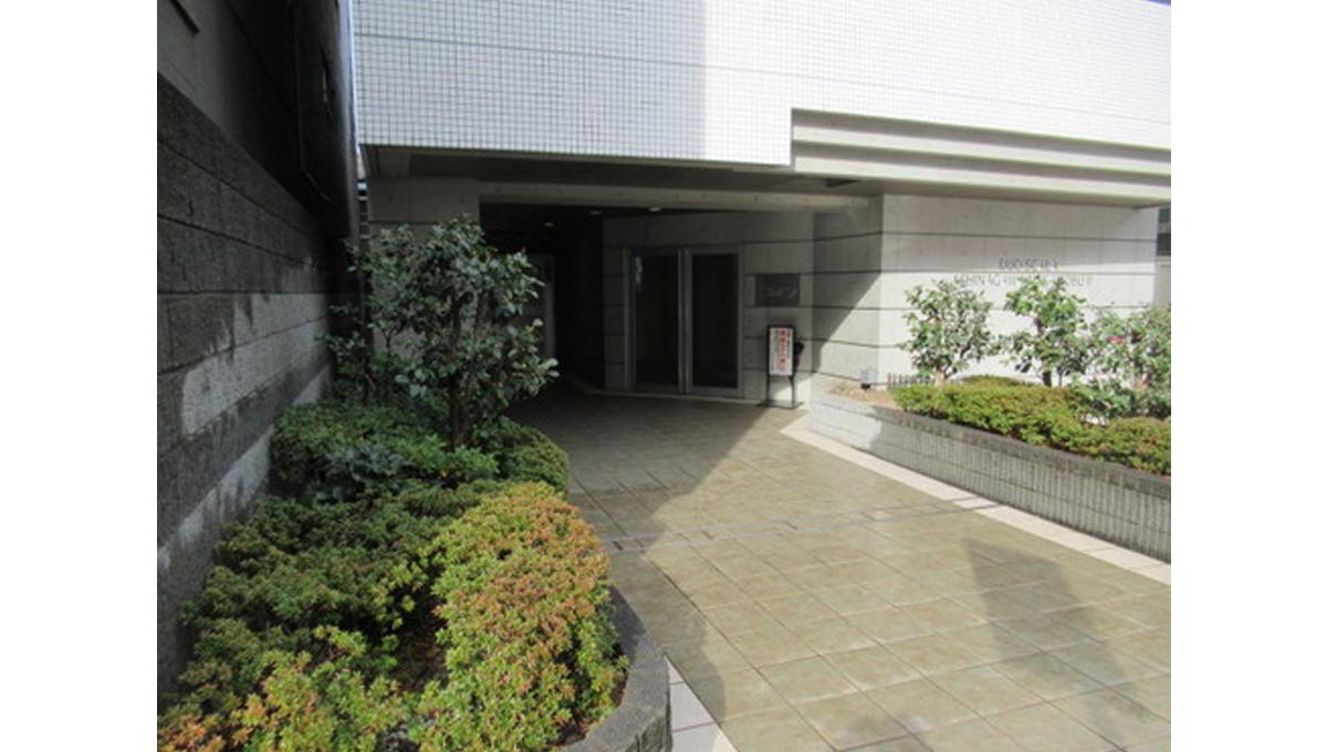 duo-scala-shinagawa-nakanobu-2-entrance-aproach