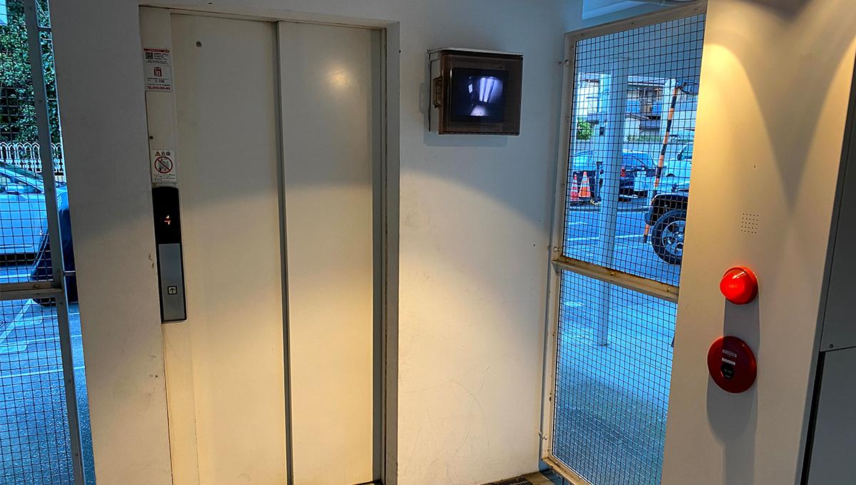 G-FLAT(ジーフラット)のエレベーター