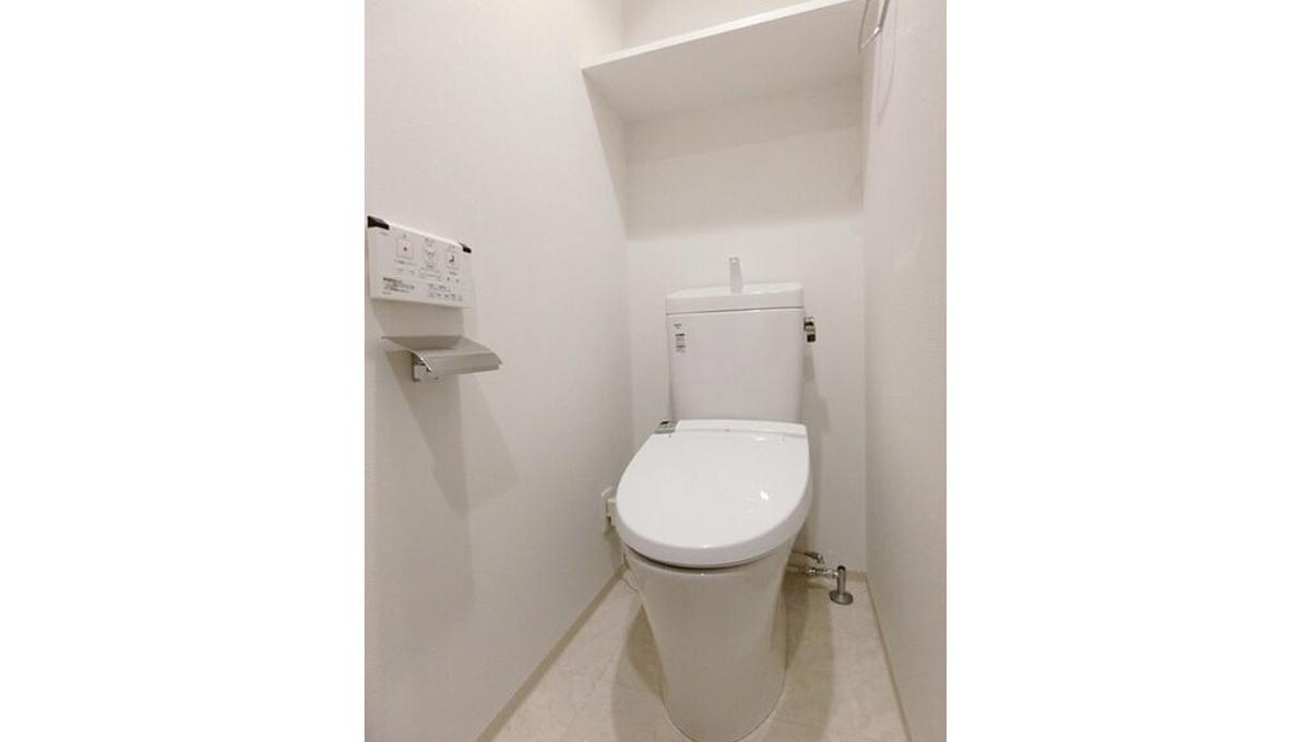 gala-ooimachi-grand-stage-toilet