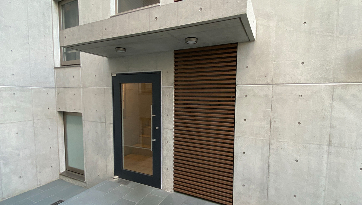 gardenia-hatanodai-west-entrance-door