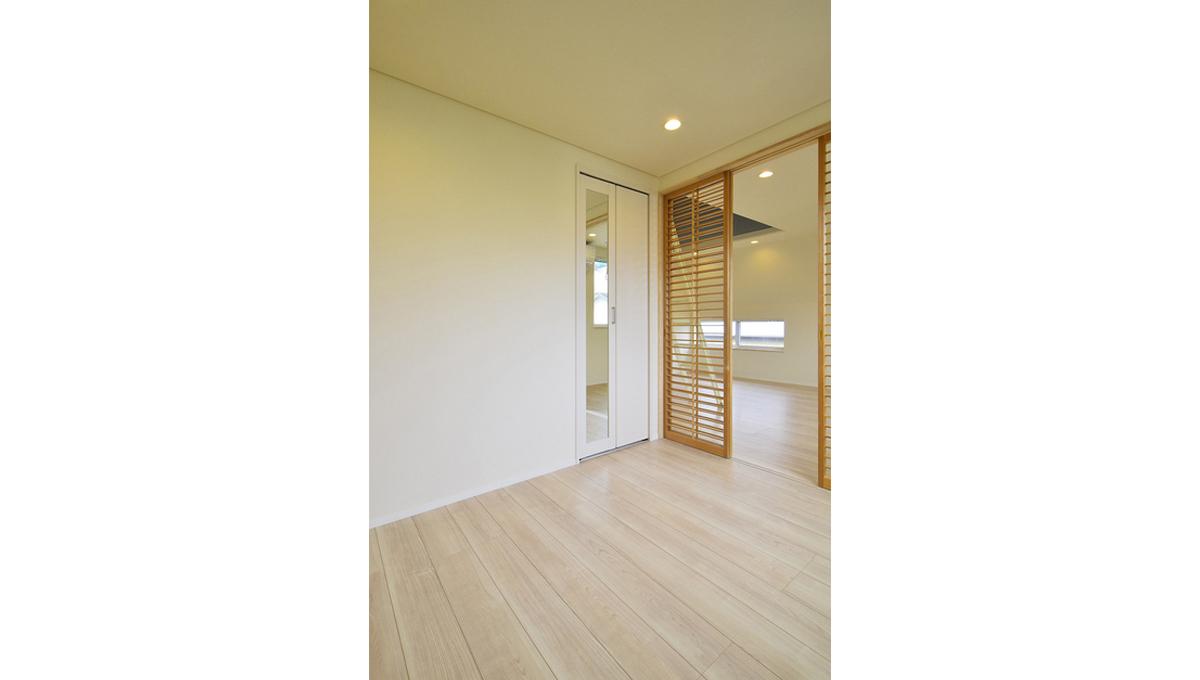 gran-eggs-senzokuike-bedroom