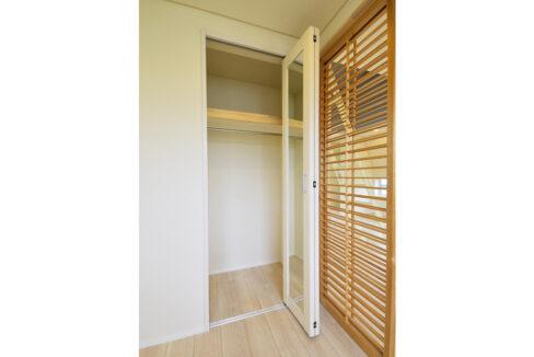 gran-eggs-senzokuike-closet