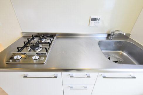 gran-eggs-senzokuike-kitchen-worktop