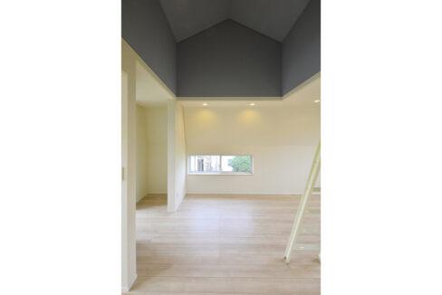 gran-eggs-senzokuike-living-room1