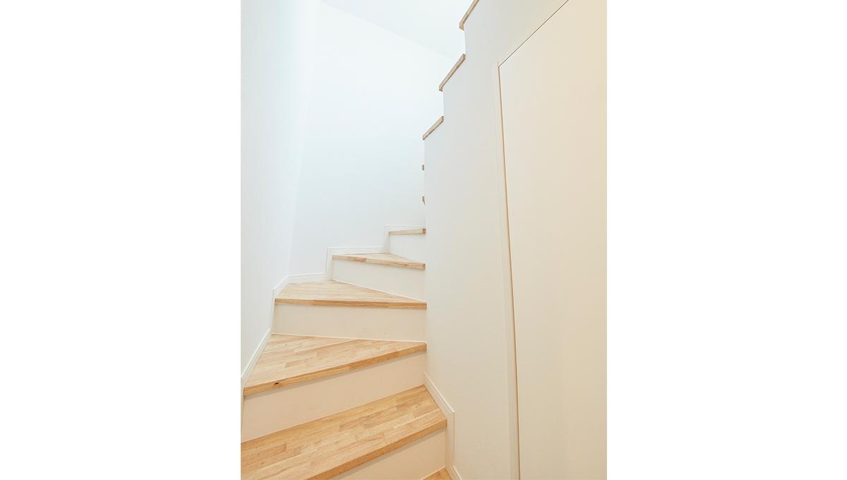 クーカイ・テラス大岡山(オオオカヤマ)の階段