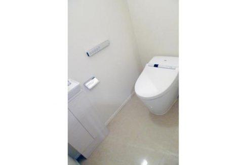 パークホームズ大岡山ラヴィアンコート(オオオカヤマ)のタンクレスウォシュレット付トイレ