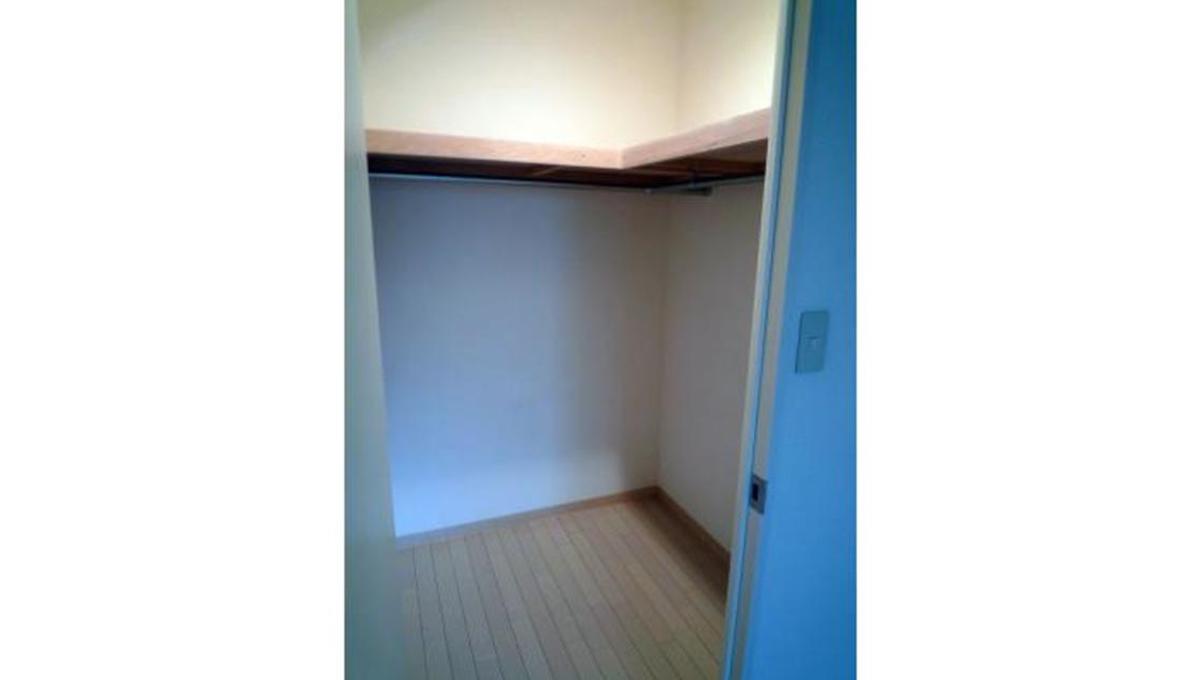 洗足第2マンション(センゾク)のウォークインクローゼット