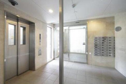 洗足第2マンション(センゾク)のエントランスホール