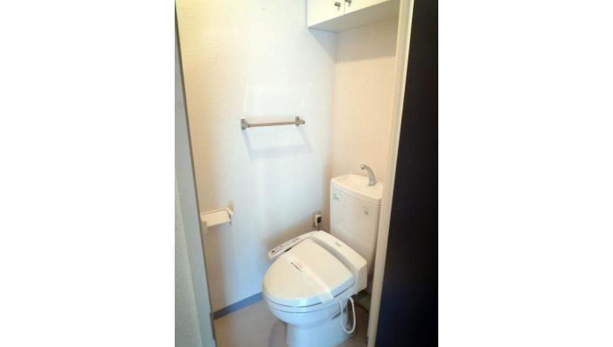 洗足第2マンション(センゾク)のウォシュレット付きトイレ