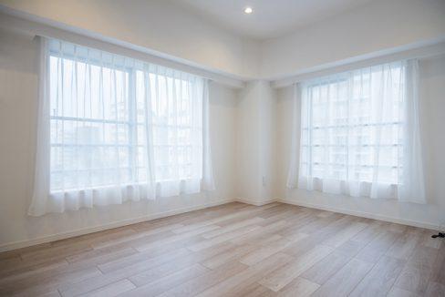 shoei-togoshi-mansion-bedroom