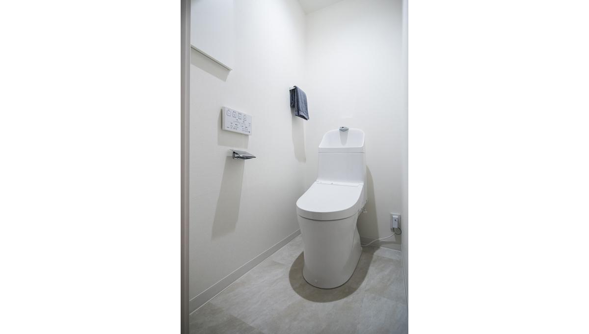 shoei-togoshi-mansion-toilet